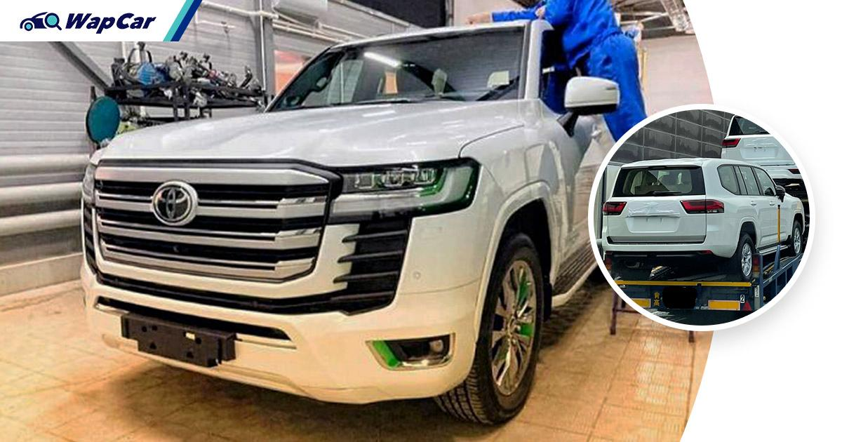 Spied: All-new 2022 Toyota Land Cruiser 300 is a boxy Ninja King with up to 420 PS! 01