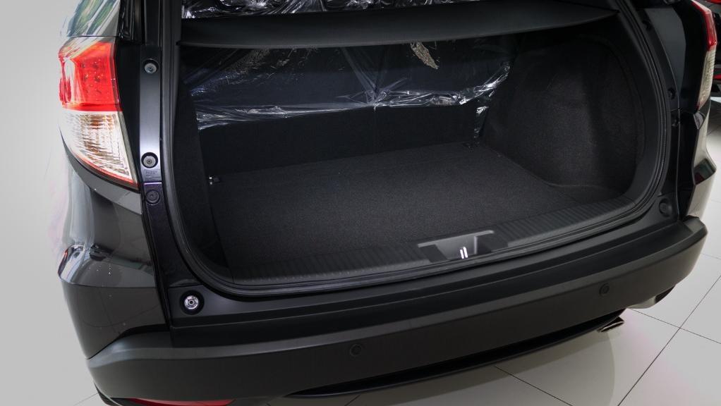 2019 Honda HR-V 1.8 E Interior 052