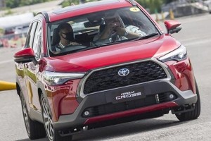 Review: 2020 Toyota Corolla Cross - What the Thai media says