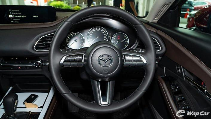 2019 Mazda 3 Sedan 2.0 SkyActiv High Plus Interior 004