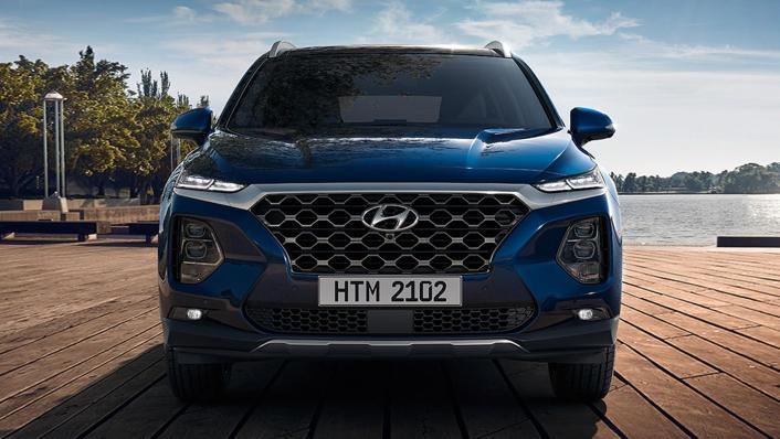 Hyundai Santa Fe (2019) Exterior 004