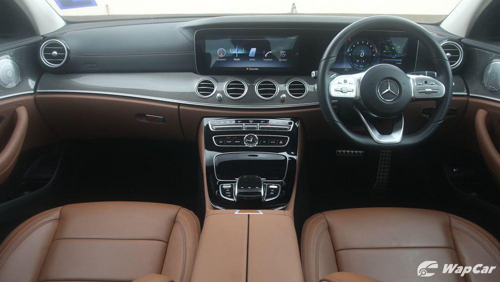 2019 Mercedes-Benz E-Class E 350 AMG Line Interior 001