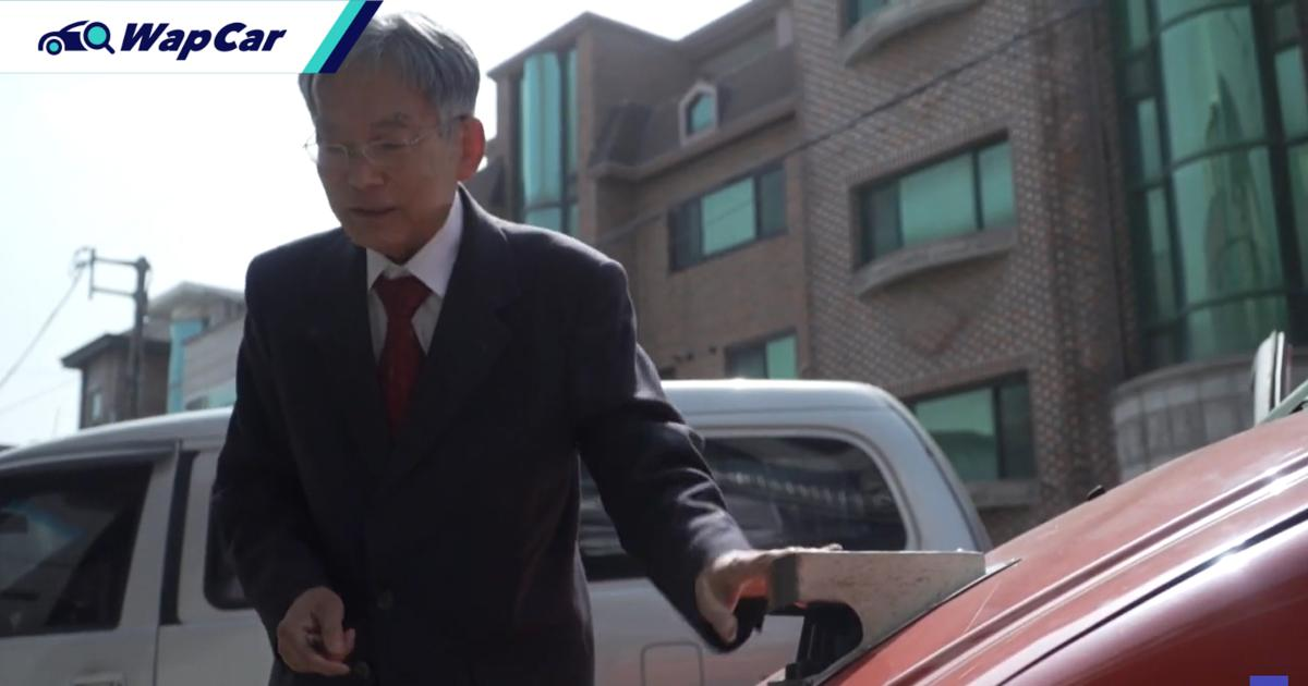 This Korean professor created a self-driving car way back in the '90s! Tesla who? 01