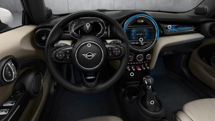 2020 Mini Convertible Cooper S Interior 001