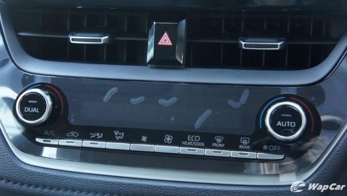 2019 Toyota Corolla Altis 1.8E Interior 009