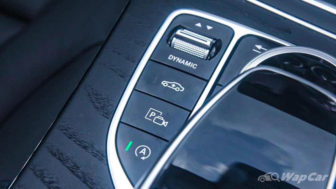 2018 Mercedes-Benz C-Class C 300 AMG Line Interior 023