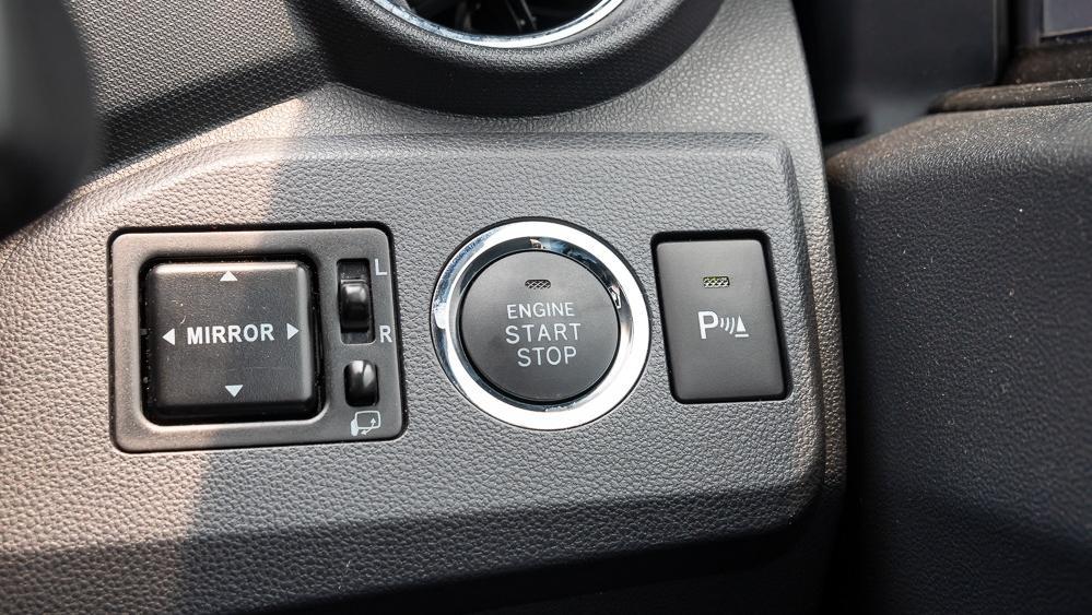 2018 Perodua Axia Advance 1.0 AT Interior 016