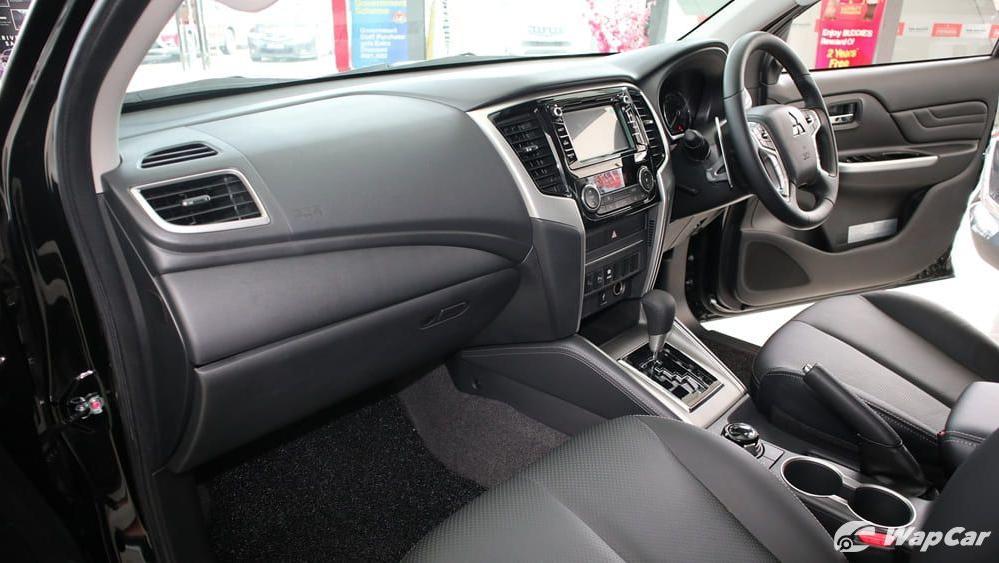 2019 Mitsubishi Triton VGT Adventure X Interior 003