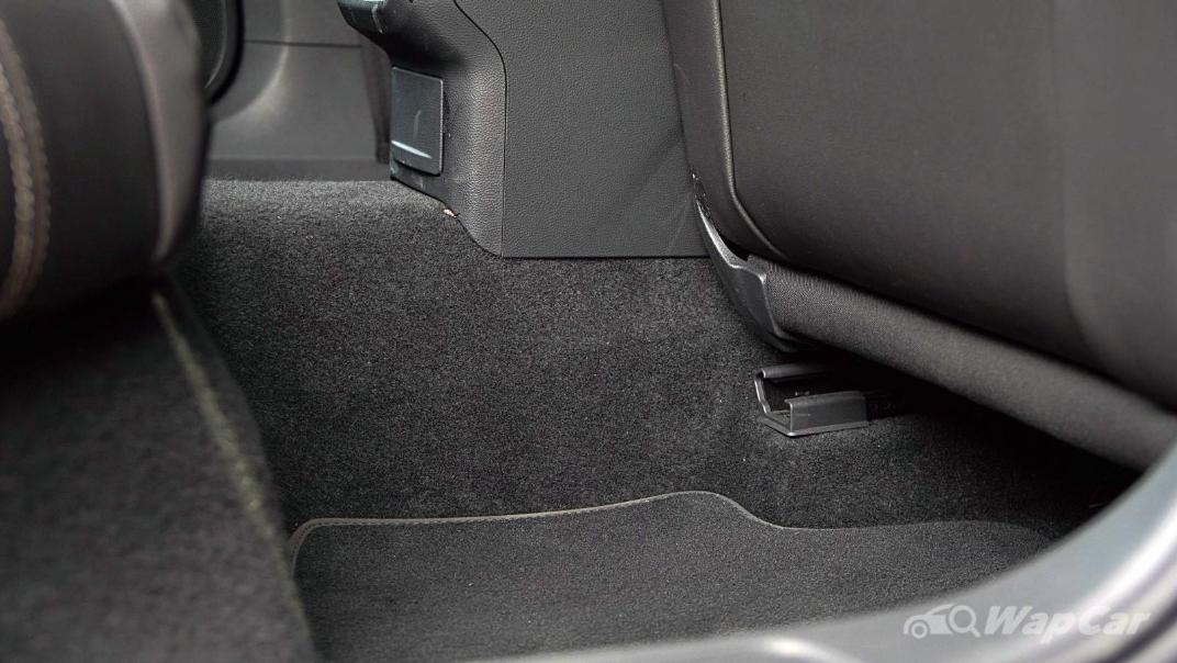 2020 Volkswagen Passat 2.0TSI Elegance Interior 050