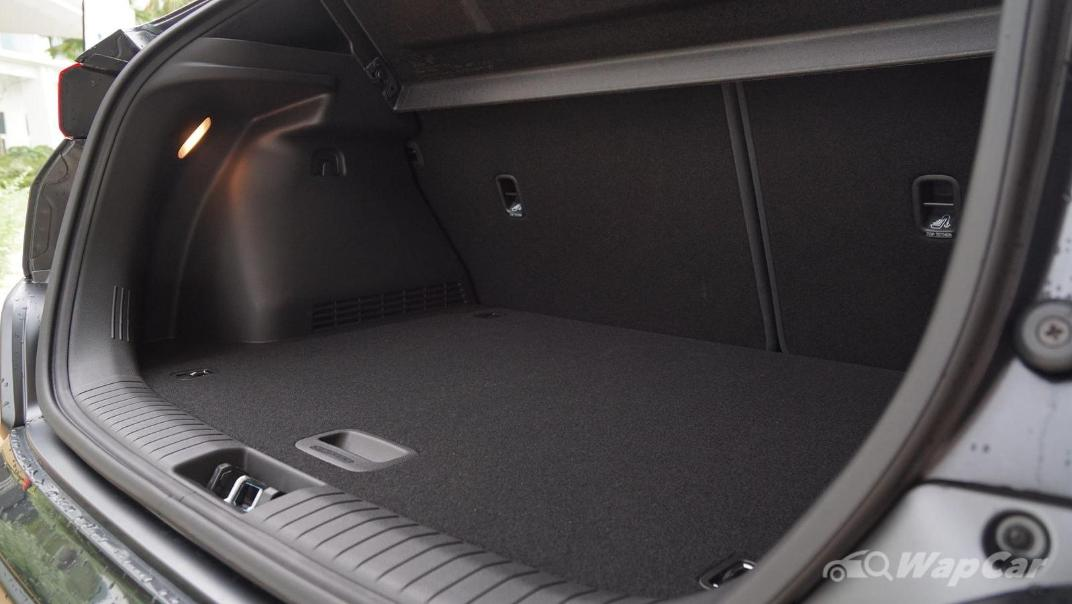 2020 Hyundai Kona 2.0 Standard Interior 022