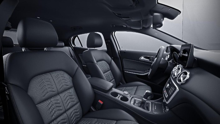 2019 Mercedes-Benz GLA 200 Style Interior 002