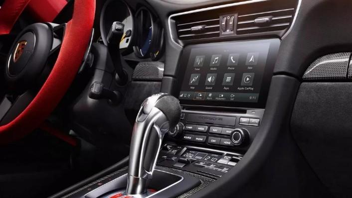 2019 Porsche 911 GT2 RS Interior 006