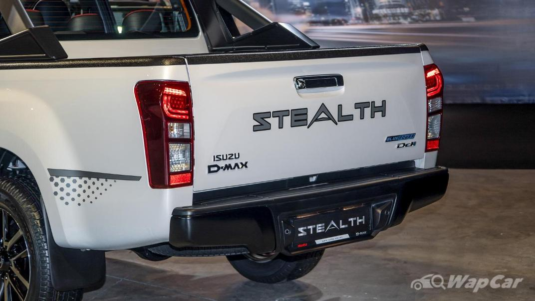 2020 Isuzu D-Max Stealth 1.9L 4×4 AT Exterior 018