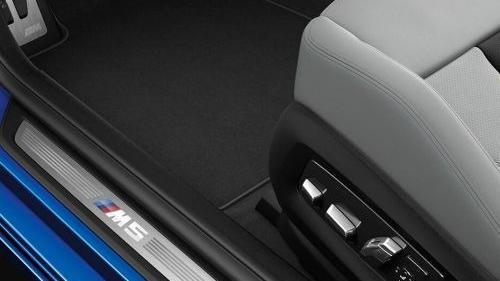BMW M5 (2019) Interior 015