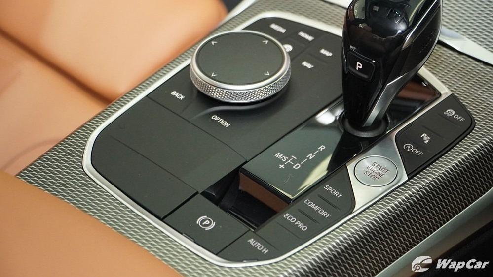 2019 BMW 3 Series 330i M Sport Interior 033