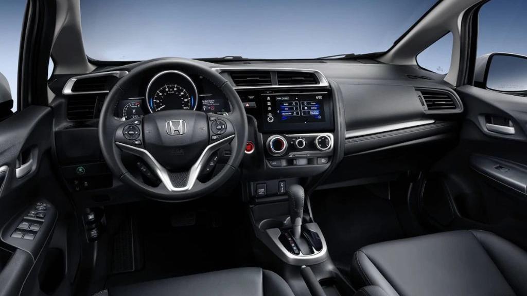 Honda Jazz (2019) Interior 001
