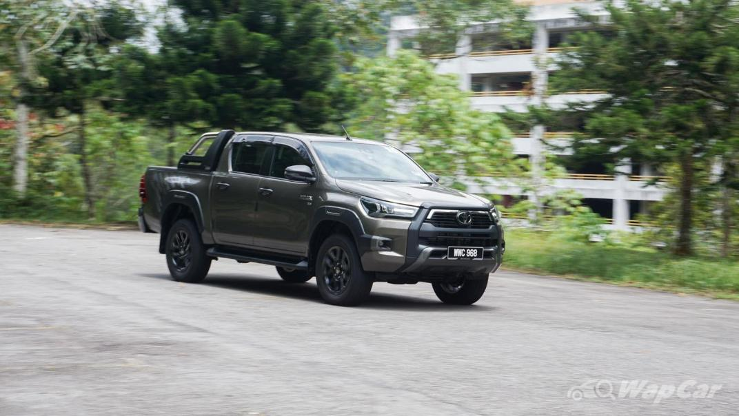 2020 Toyota Hilux Double Cab 2.8 Rogue AT 4X4 Exterior 095