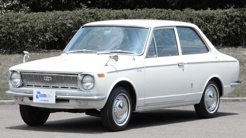 1966 Toyota Corolla front 3rd quarter