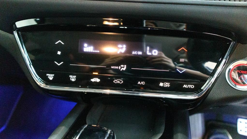 2019 Honda HR-V 1.5 Hybrid Interior 013