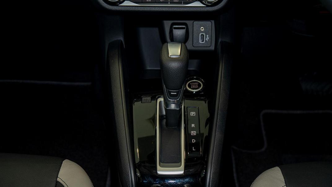 2020 Nissan Almera 1.0L VLT Interior 010