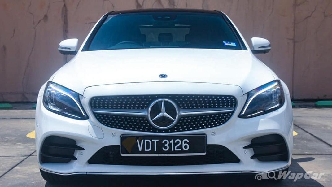 2018 Mercedes-Benz C-Class C 300 AMG Line Exterior 009