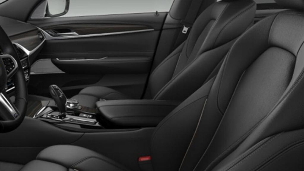 BMW 6 Series GT (2019) Interior 016