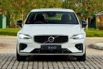 Volvo S60 T8 vs Mercedes-Benz C300 vs BMW 330i, which is best for you?