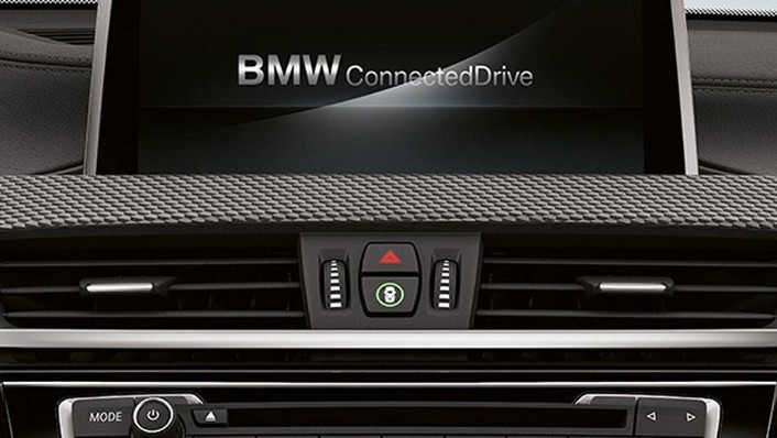 BMW X2 (2019) Interior 005