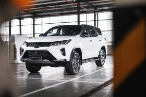 2021 Toyota Fortuner facelift open for booking: 204 PS/500Nm, ADAS, from RM 173k