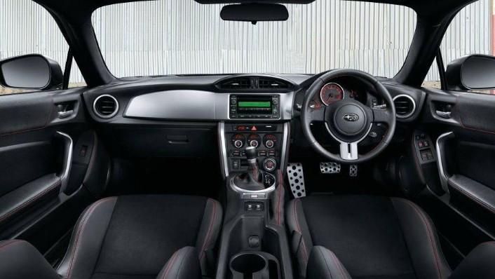 Subaru BRZ (2017) Interior 001