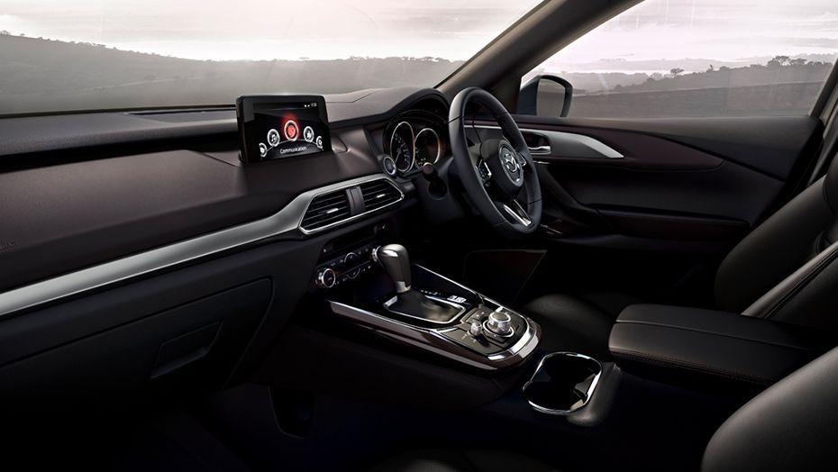 Mazda CX-9 (2018) Interior 001