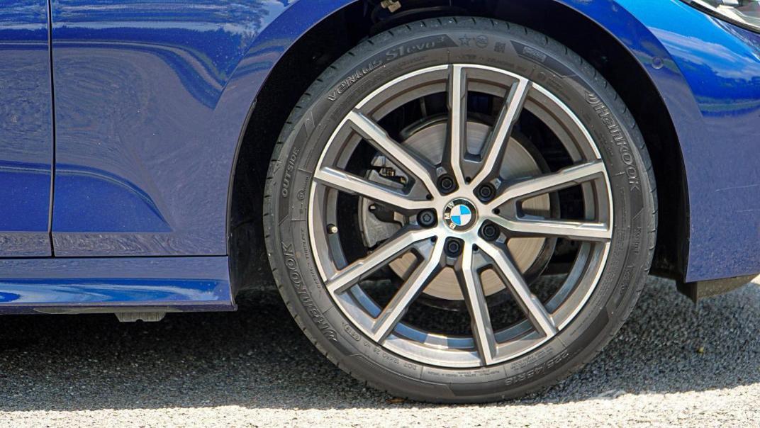 2020 BMW 3 Series 320i Sport Exterior 036