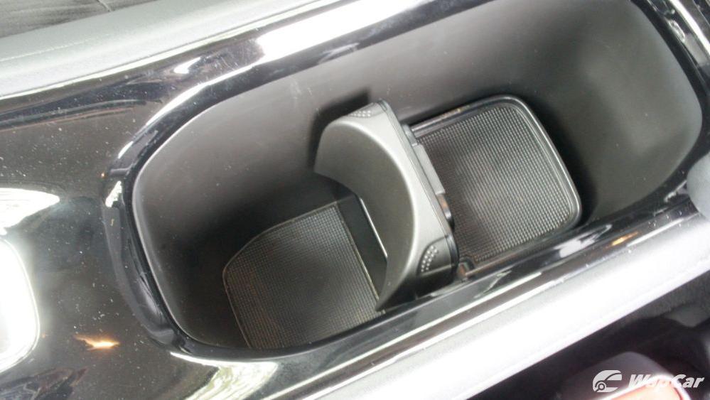 2019 Honda HR-V 1.5 Hybrid Interior 110