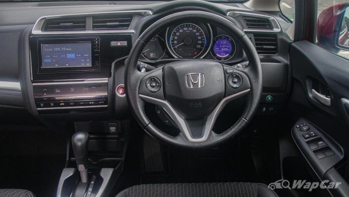 2019 Honda Jazz 1.5 V Interior 002
