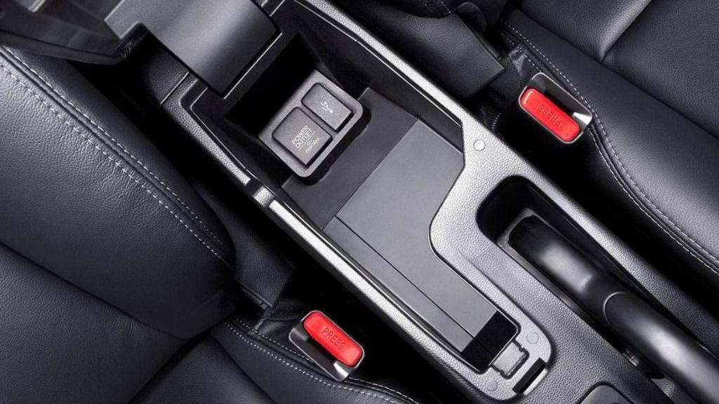 Honda Jazz (2019) Interior 011