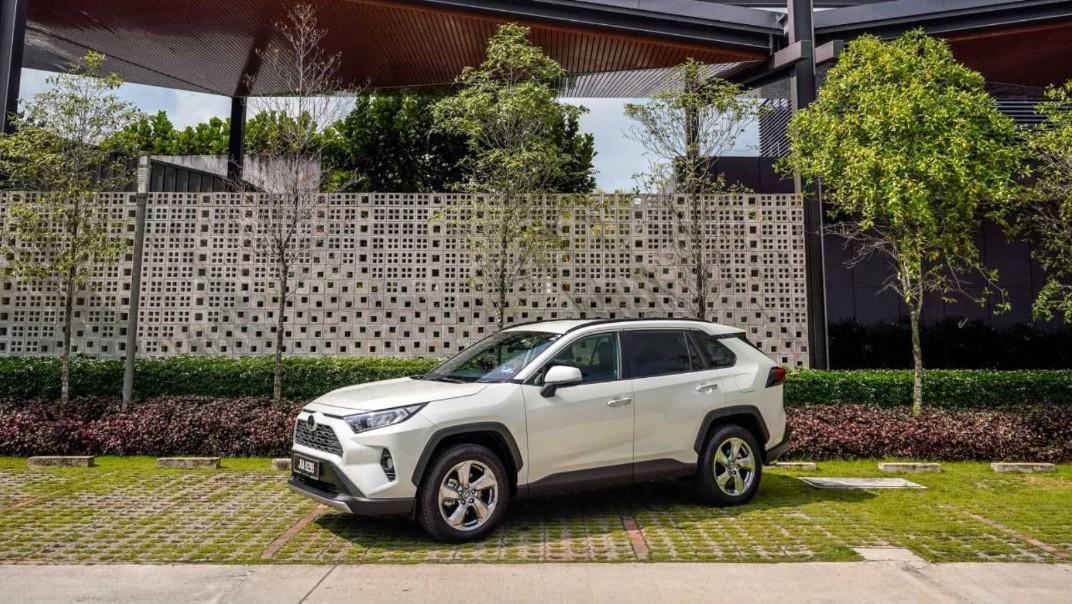 2020 Toyota RAV4 2.5L Exterior 037