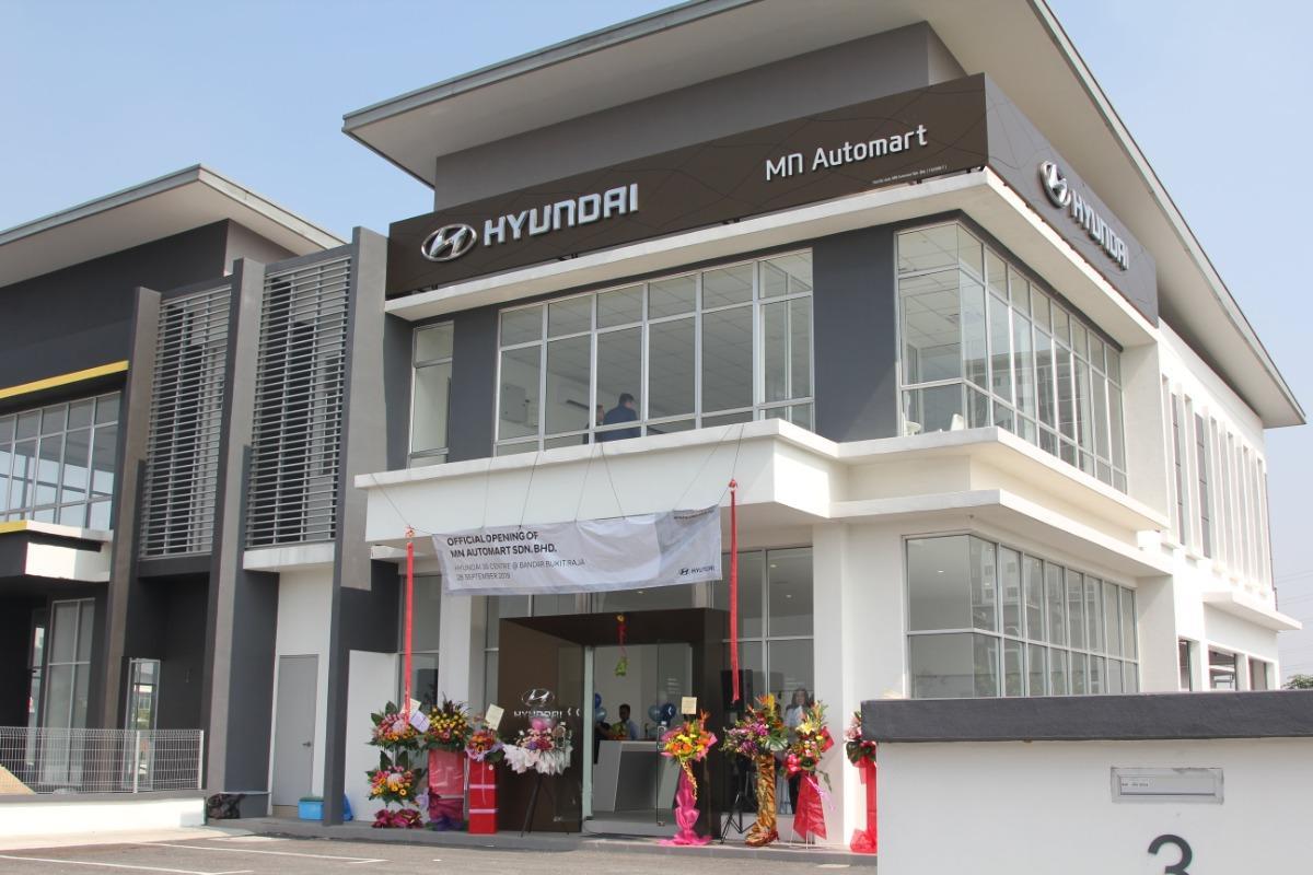 Hyundai opens showroom in Klang
