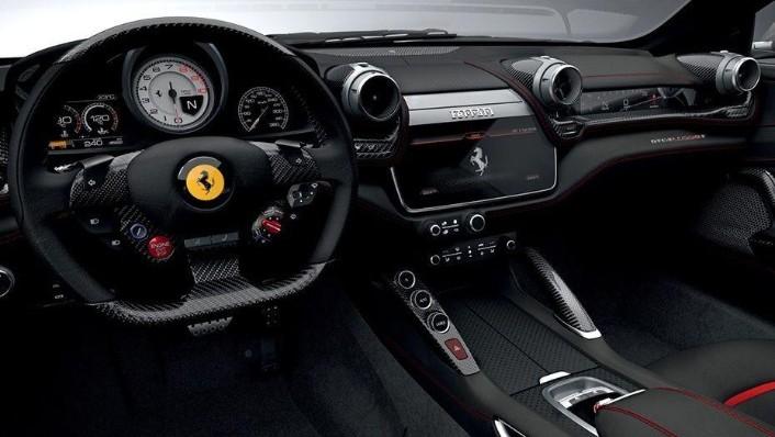 Ferrari GTC4Lusso T (2017) Interior 001
