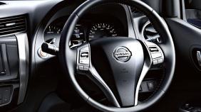 Nissan Navara (2018) Exterior 001