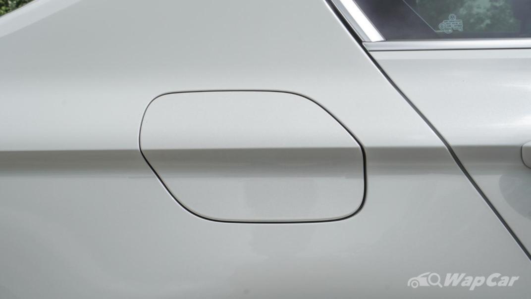 2020 Volkswagen Passat 2.0TSI R-Line Exterior 012