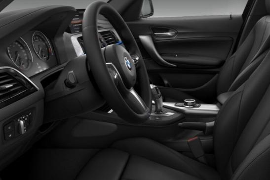 BMW 1 Series (2019) Interior 010