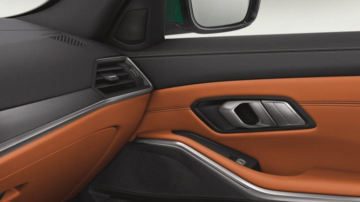 2021 BMW M3 Competition Interior 007