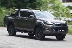 COTY 2020: At RM 150k, is the Toyota Hilux Rogue still the undisputed king of pick-ups?
