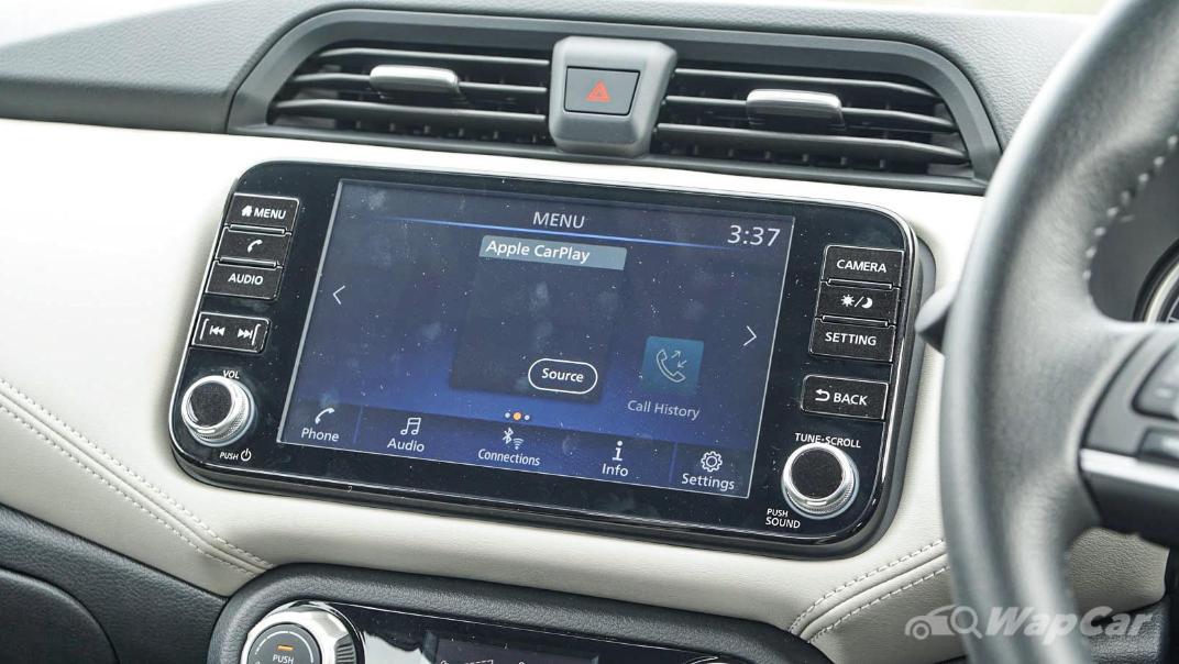 2020 Nissan Almera 1.0L VLT Interior 017