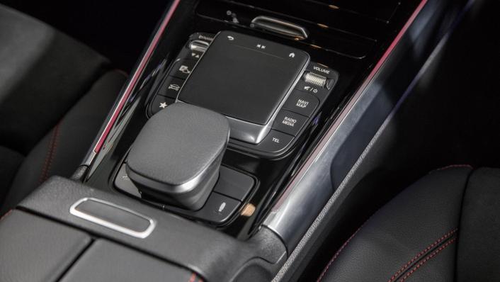 2020 Mercedes-AMG GLB 35 4MATIC Interior 005
