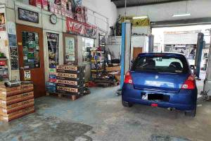 MCO 2.0: Car accessories shops allowed to reopen