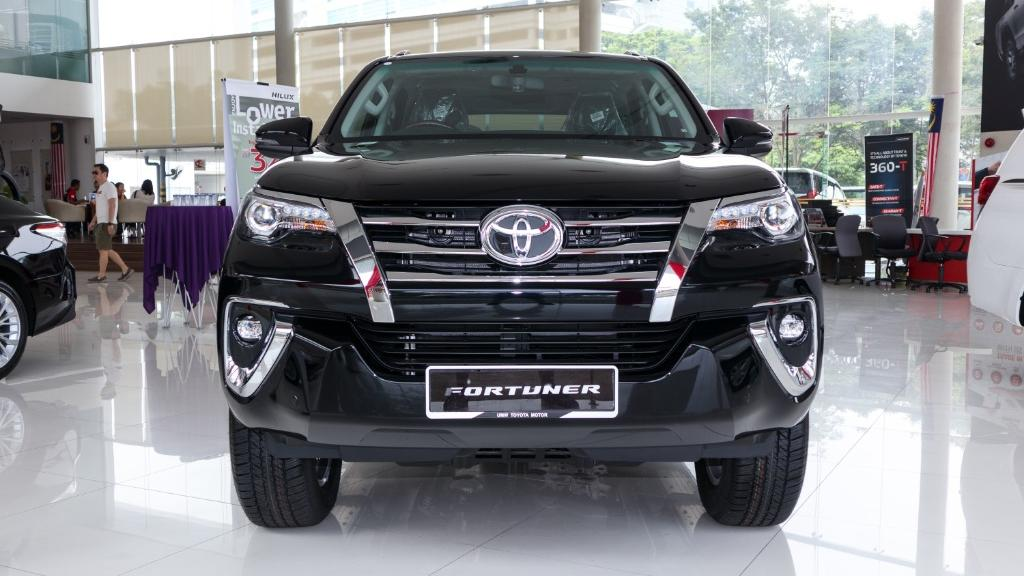 2018 Toyota Fortuner 2.7 SRZ AT 4x4 Exterior 002