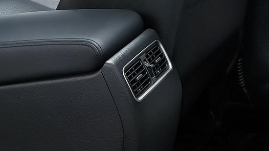 Nissan Teana (2018) Interior 010