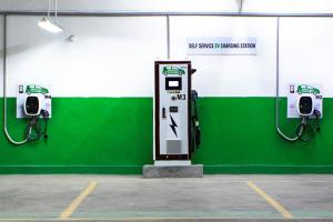 Delhi gov instructs 5% parking allocation for EVs, buildings to comply by end of year