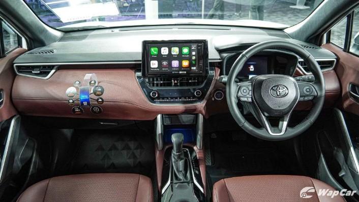 2020 Toyota Corolla Cross Interior 002